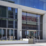 Netflixの時価総額、Disneyを上回る