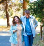 メリッサ・マッカーシーの新作映画「ムクドリ」がNetflixで配信開始!─先行公開の米国では辛口レビューも、マッカーシーの演技が光る